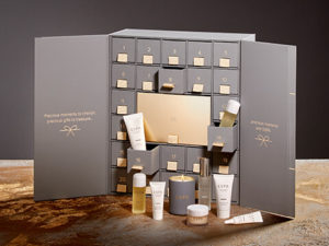 christmas gifts and ideas at fringe benefits hair and beauty salon in golucester