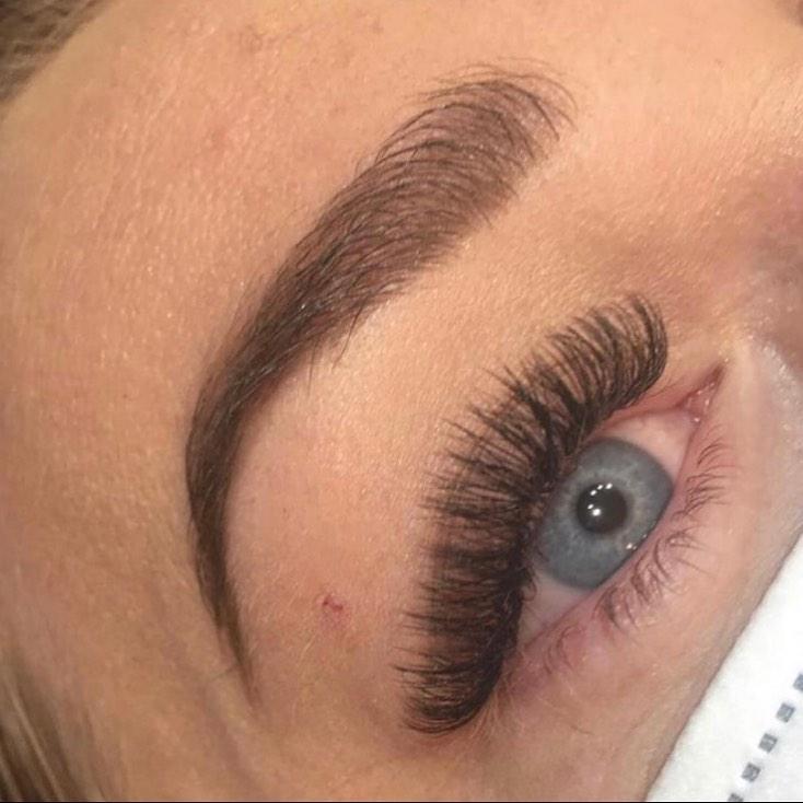 London brows at La Bella beauty salon in Gloucester