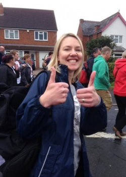 clare-on-the-start-of-the-walk-1