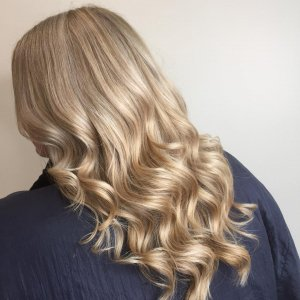 THE BEST HAIR COLOUR SERVICES IN GLOUCESTER AT FRINGE BENEFITS HAIR SALON